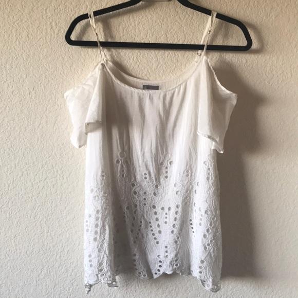 chelsea28 Tops - White cold shoulder top